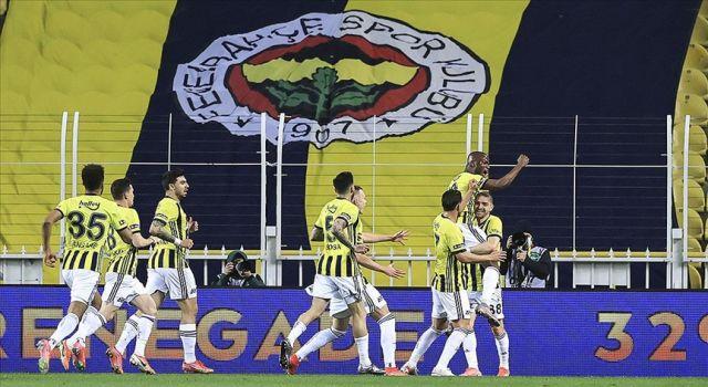 Fenerbahçe zirve çıkışını sürdürdü