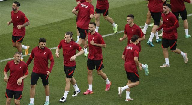 A Milli Takım, Galler maçı hazırlıklarını tamamladı