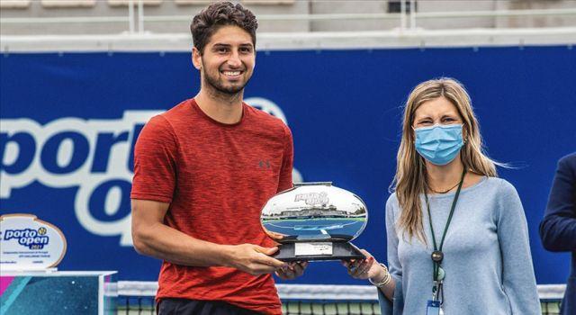 Milli tenisçi Altuğ Çelikbilek, Portekiz'de şampiyon oldu