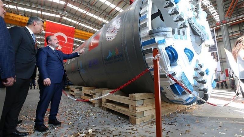 Yerli tünel açma makinesi üretim bandından indirildi
