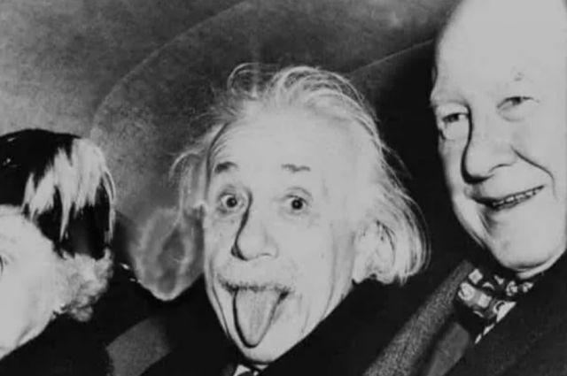 Einstein'ın Dil Çıkartan Fotoğrafının Hikayesi Nedir?