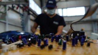 Geri dönüşen elektronik atıklar otizmli çocuklara umut oluyor