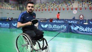 2020 Tokyo Paralimpik Oyunları'nda masa tenisinde Nesim Turan bronz madalya kazandı